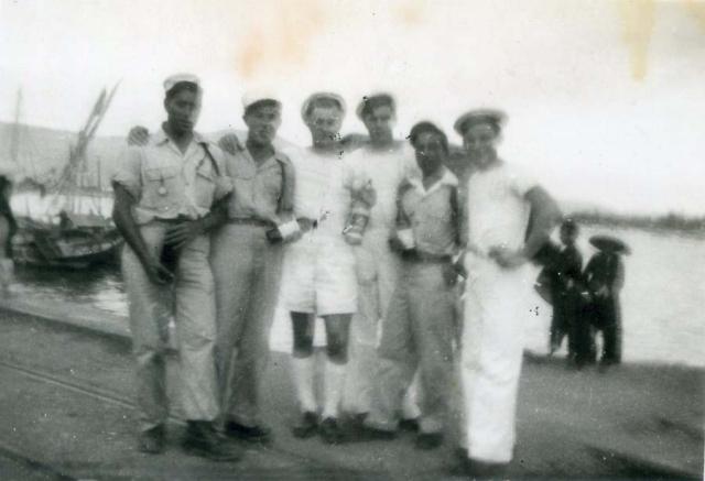 1wine_scene_military_indochina1930