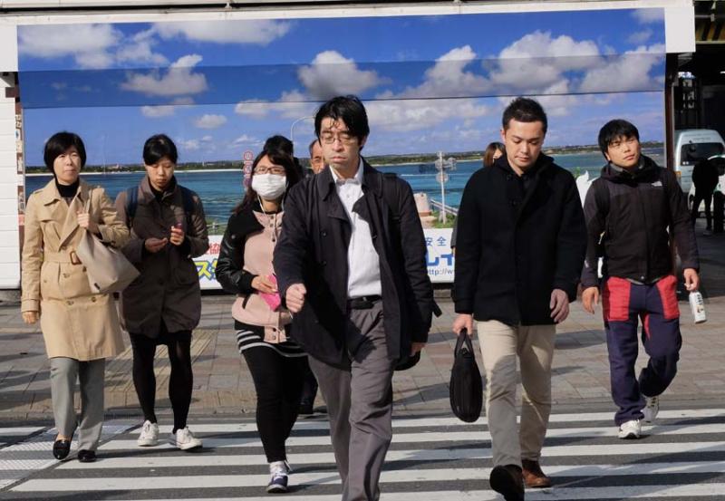 1tokyo_mejiro_crossing