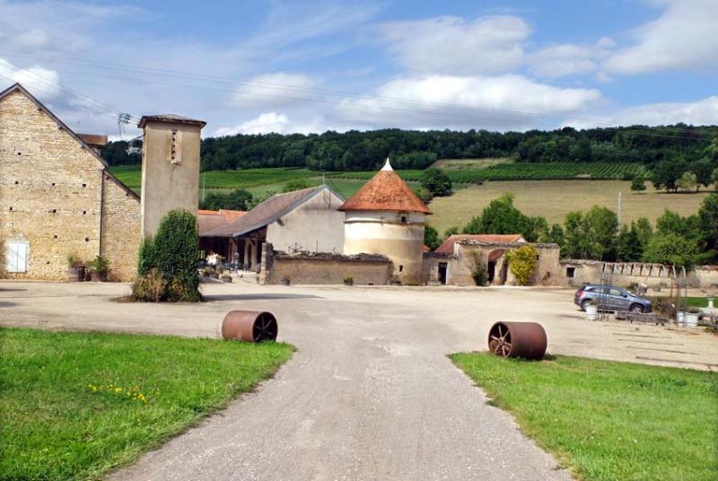 1flavigny_winery_facility