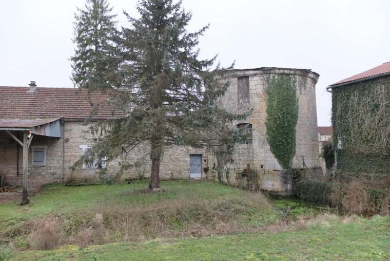 1nicey_distillery_medieval_tower