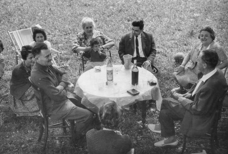 1wine_scenes_table_garden1957