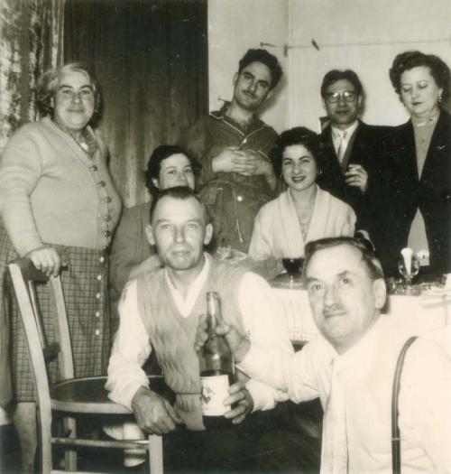 1wine_scenes_posing_around_table1950