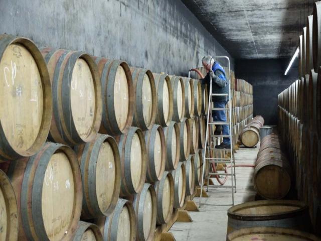 1douro_niepoort_filling_barrels
