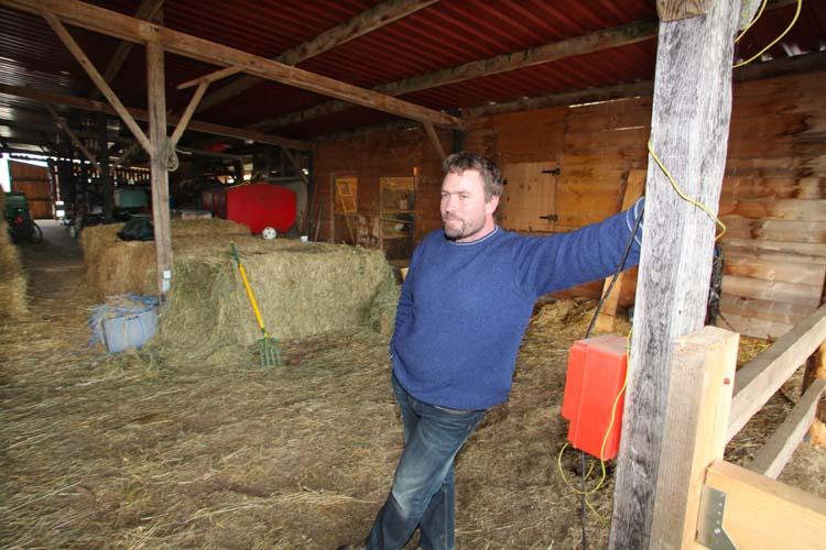 1ruppert-leroy_emmanuel_barn_hay