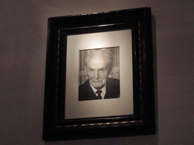 1berlin_Weinbar_ottorink_grandfather_portrait