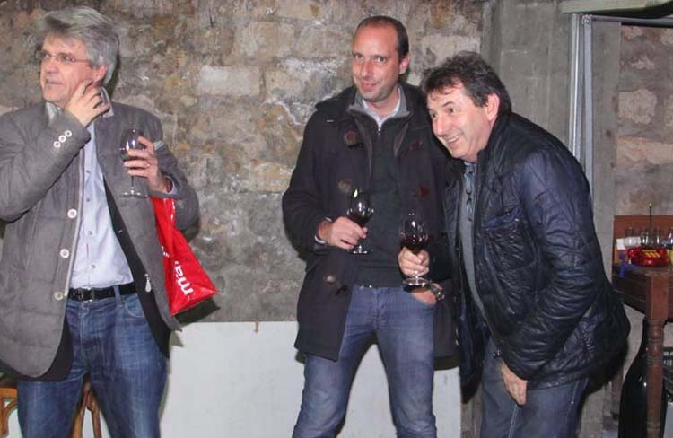 1les_epiciers_drinking_with_jean_foillard