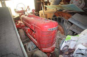 1christian_venier_farnall_tractor