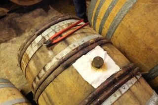 1buronfosse_jura_barrel_from_above