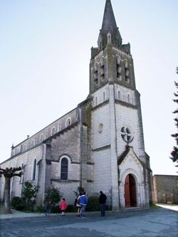 1les-montils_church-going_family
