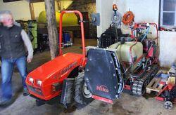 1olivier_de_moor_crawler_tractor
