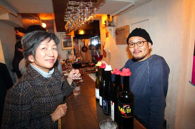 1racines_yasuko_goda_at_winestand_waltz