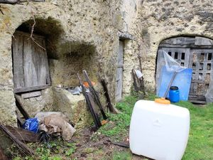 1joel_courtault_cellar_with_well