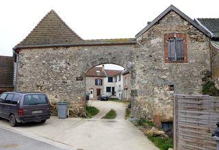 1farm_gate_baslieux-sous-chatillon