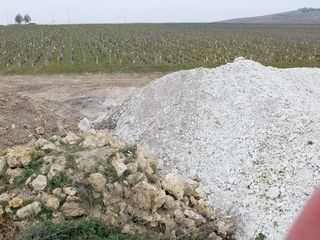 1heap_of_limestone_champagne