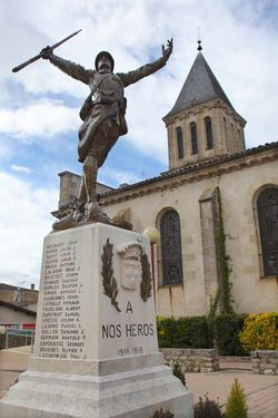 1saint_pierre_d_aurillac_church_ww1_monument
