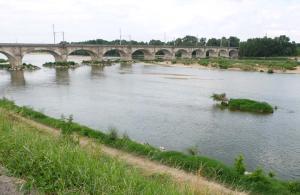 1montlouis_loire_bridge