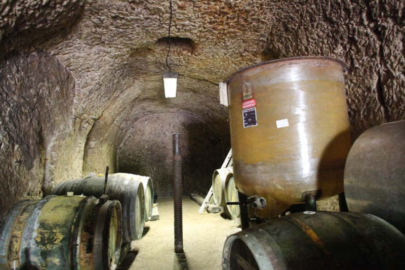 1julien_prevel_chai_cask_cellar