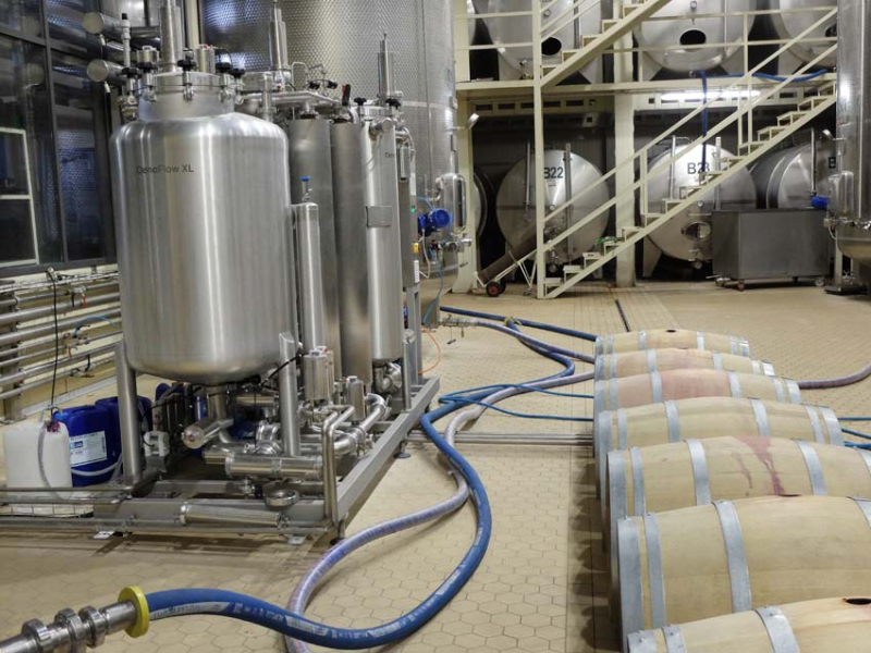 1armenia_wine_factory_tangential_filtering