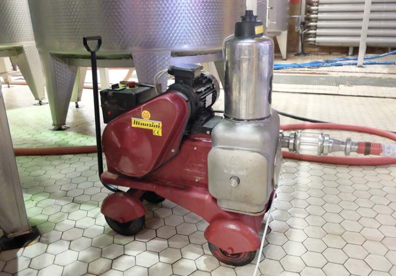 1armenia_wine_factory_manzini_pump