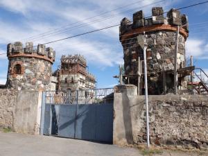 1voskevaz_gate_towers