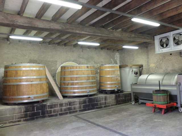 1laurent_saillard_new_chai_fermenters