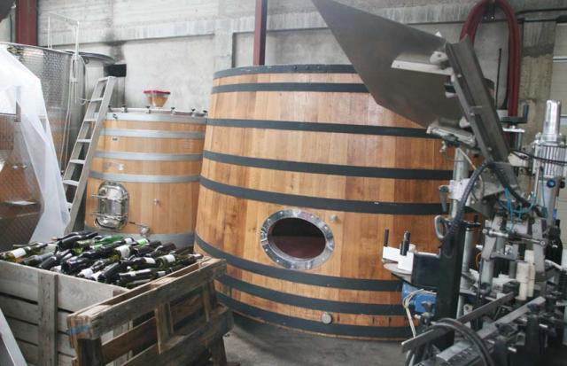 1marc_soyard_wooden_fermenters