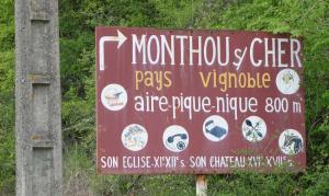 1monthou_sur_cher_sign