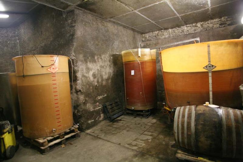 1ludovic_chanson_cellar_vats