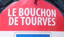 1tourves_le_bouchon