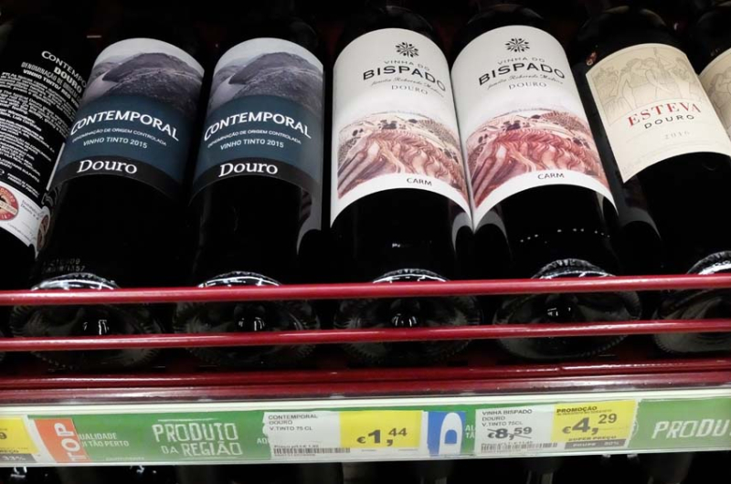 1douro_aisle_cheap_wine