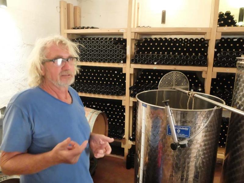 1mettler_heinz_cellar_bottles