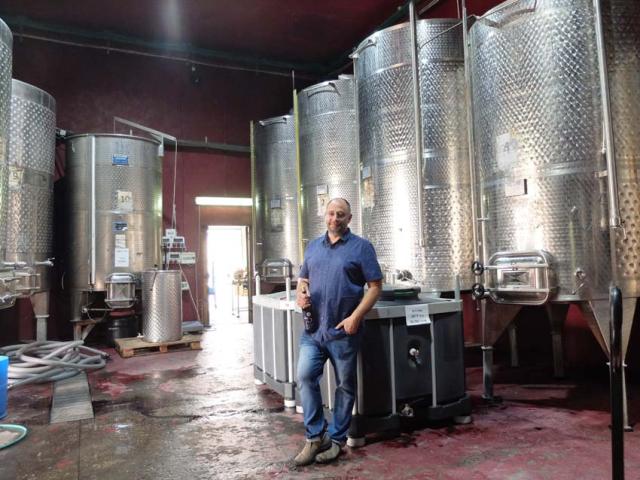 1psagot_winemaker_oryah_vatrom