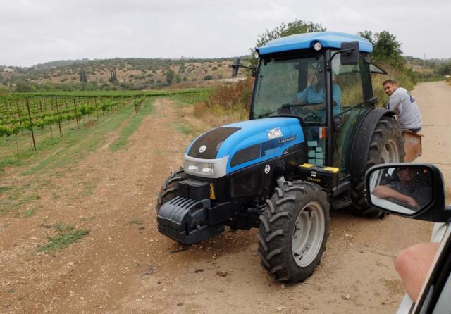 1sphera_tractor_growers