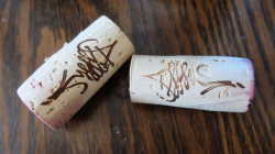1absentee_corks