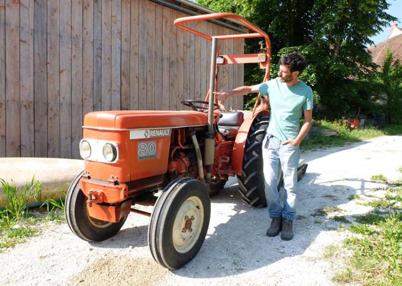 1vincent_bergeron_vintage_tractor_renault