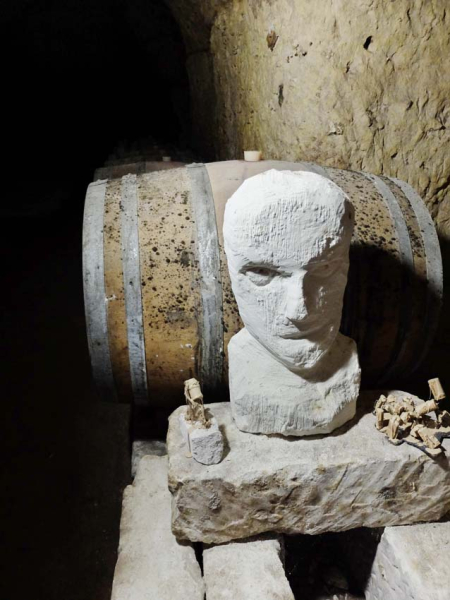 1nicolas_renard_art_cellar