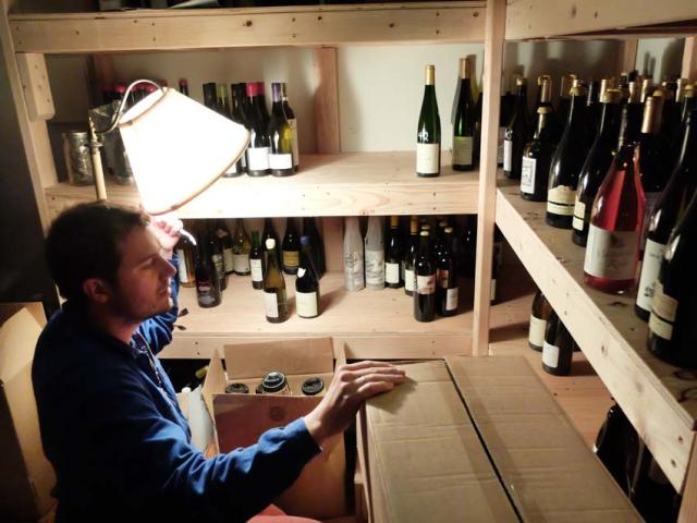 1ordinaire_josh_cellar_visit