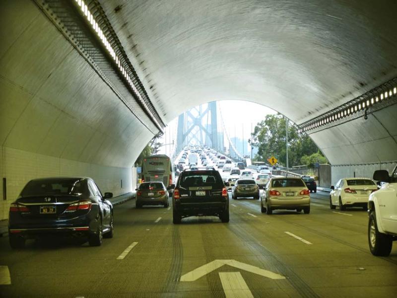 1ordinaire_oakland_bay_bridge