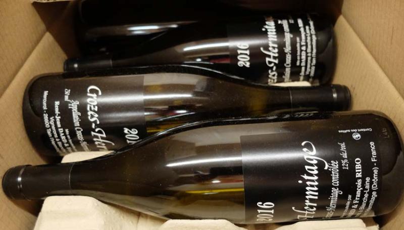 1cest_le_vin_dard_ribo_bottles