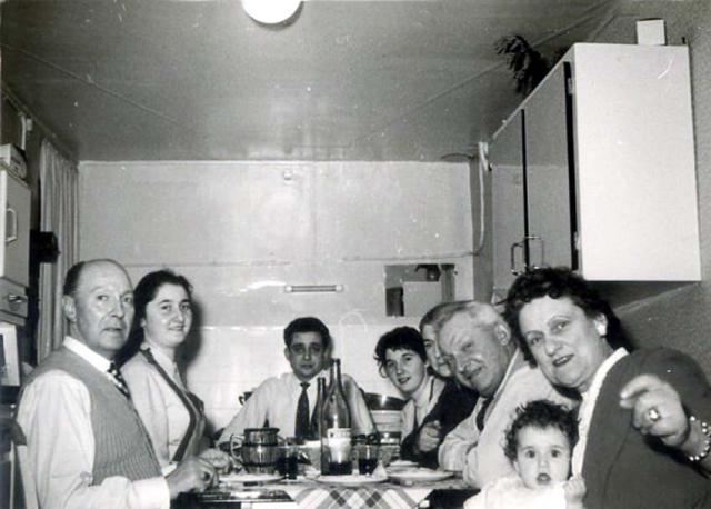 1wine_scenes_kitchen1958