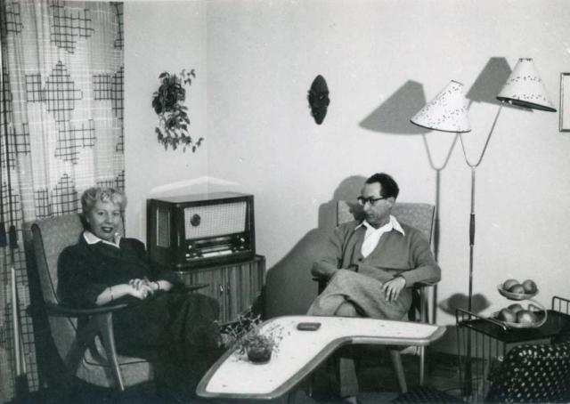 1wine_scenes_modern_interior1959