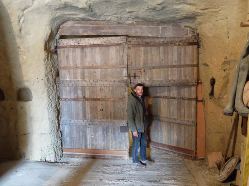 1francois_saint-lo_2nd_door