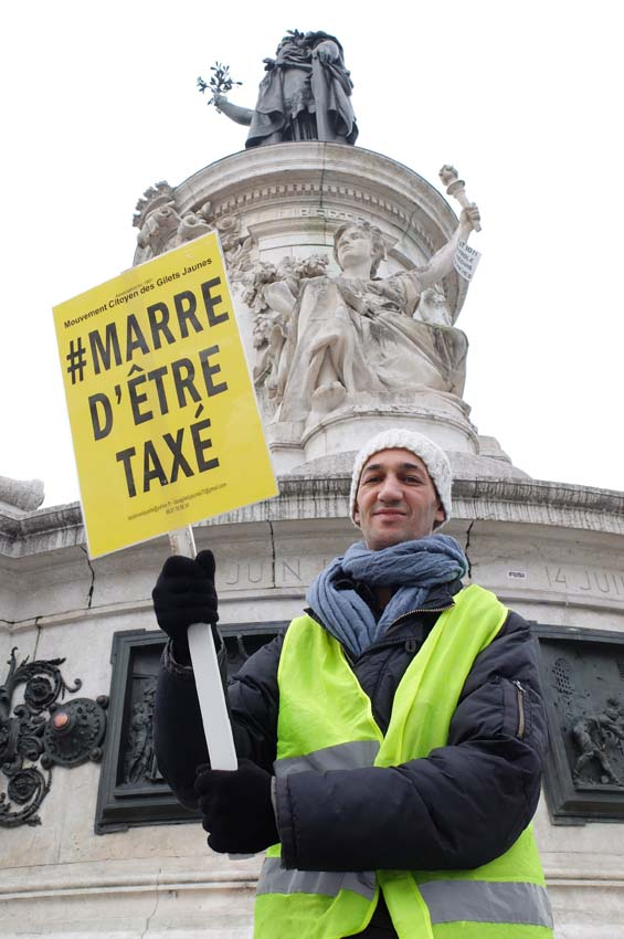 1news_yellow_vests_taxes