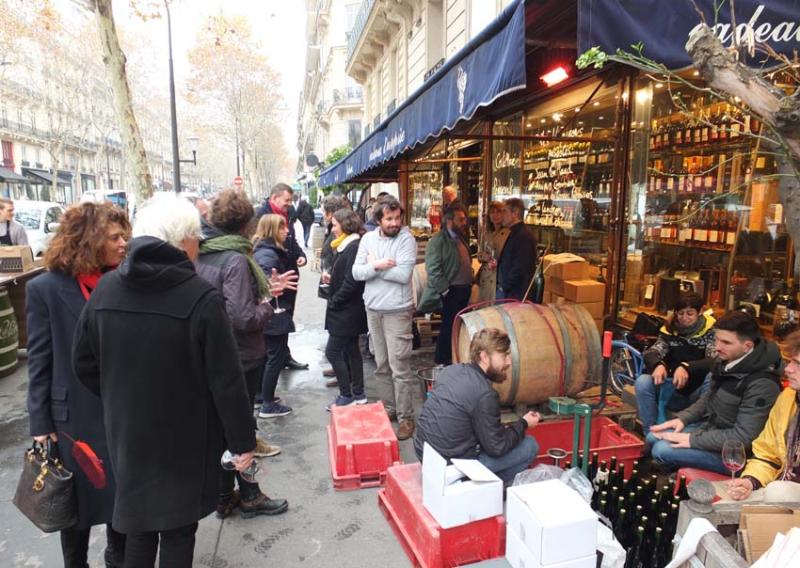 1auge_primeur_sidewalk_tasting