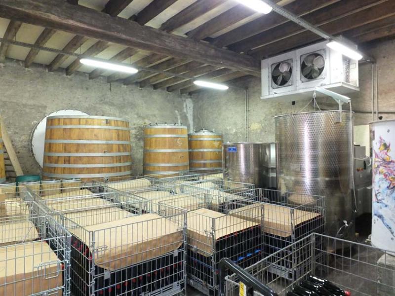 1laurent_fermenters_vatroom