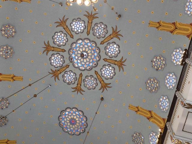 1Kazinczyzsinagoga_ceiling_detail
