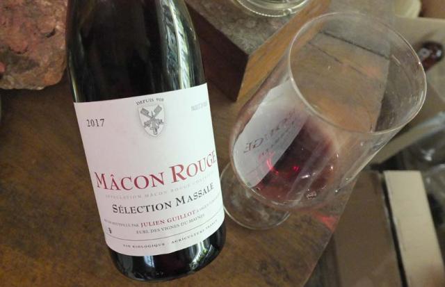 1vignes_maynes_bout_macon_rouge_massal