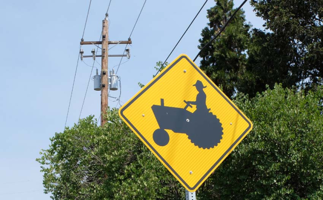 1tractor_sign