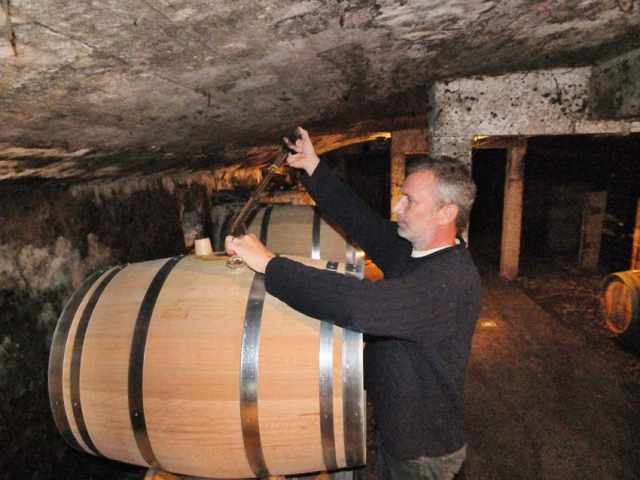 1peter_hahn_tasting_barrel_north