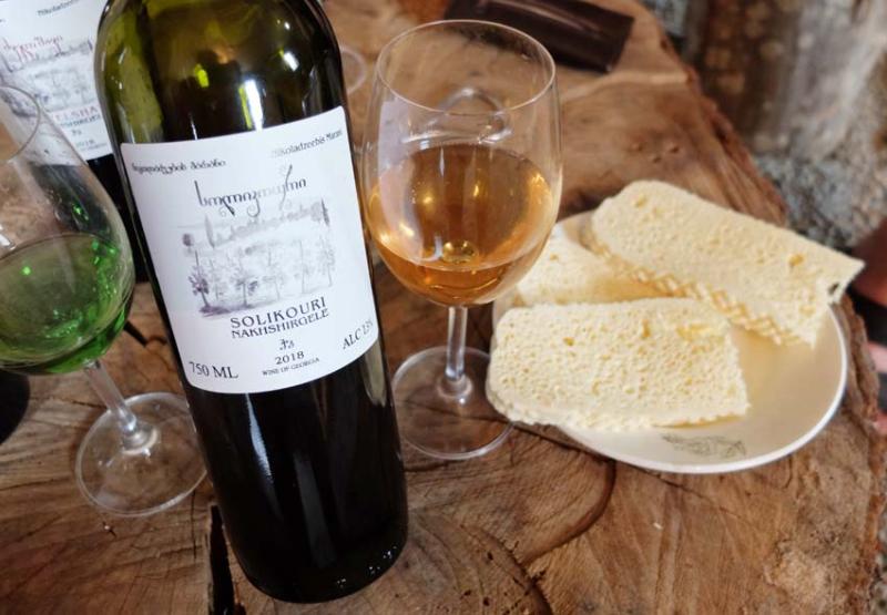 1ramaz_nikoladze_wine_cheese
